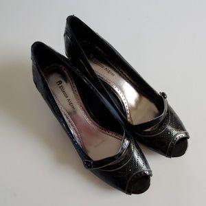 Etienne Aigner black heels size 8½